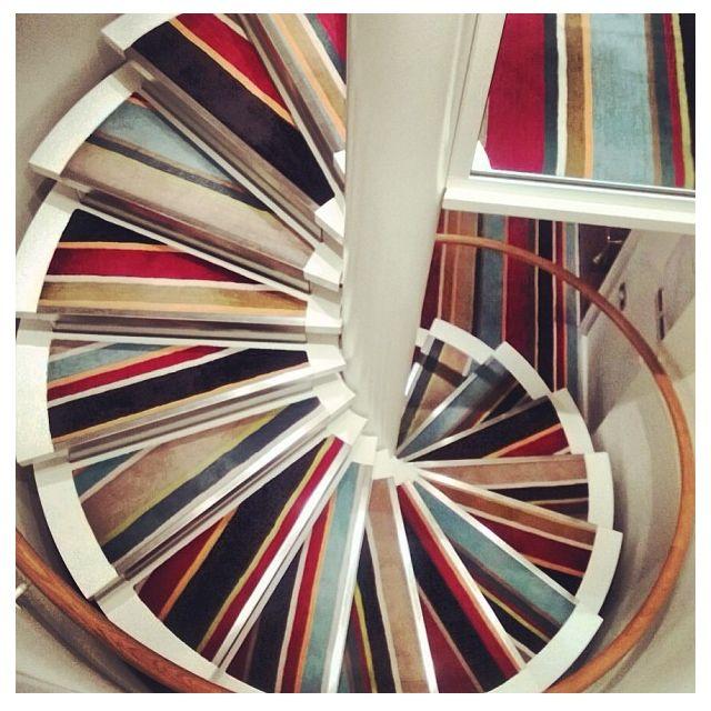 Snygg matta i trappa. Carpet on stairs