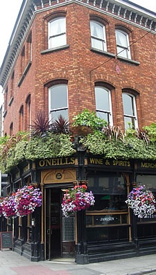 Would love to have myself a drink and listen to some music at one of the Public houses (Pubs) in Ireland
