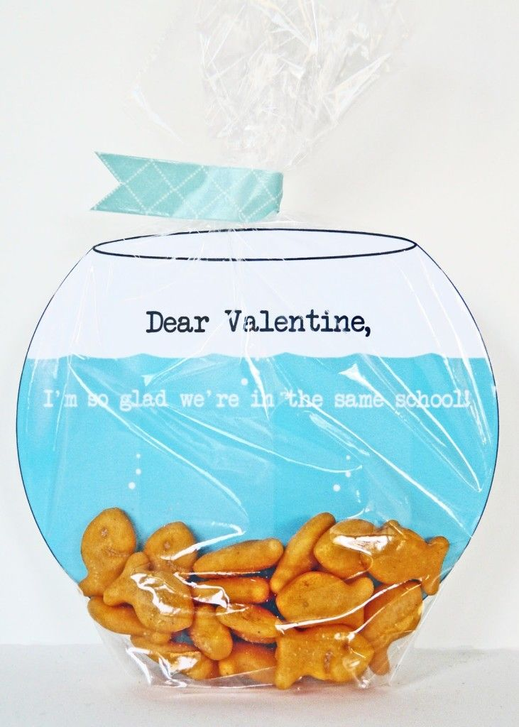 Fish Bowl Valentine's Card -The Most Adorable Valentine's Ideas for Your Kids