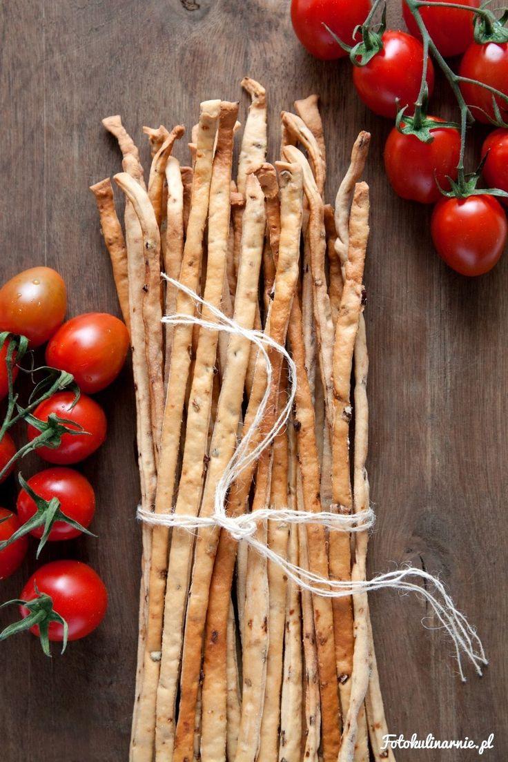 Najlepsze grissini z suszonymi pomidorami. Chrupiące, z wyraźnym aromatem…