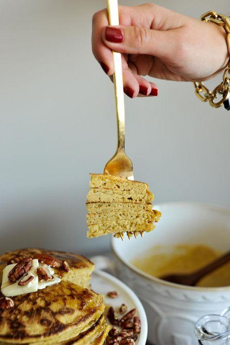 pumpkin pancake recipe, easy fall entertaining recipes - My Style Vita /mystylevita/