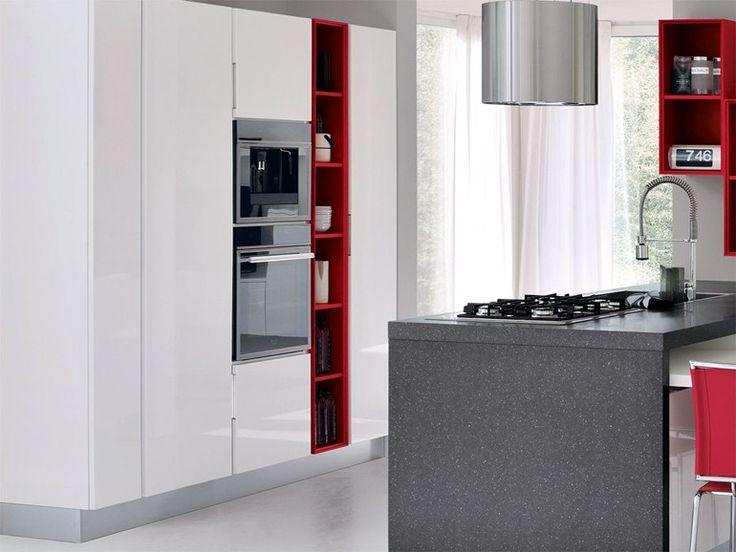 Cucina componibile in legno senza maniglie Cucina con isola Collezione Essenza by Cucine Lube