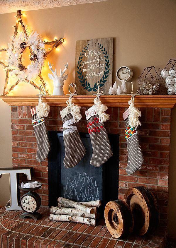 Фото из статьи: Украшение квартиры на Новый год: 10 идей декора гостиной