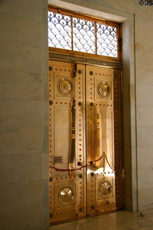 168 best state capitol bldgs images on pinterest minneapolis bronze doors in arkansas state capitol little rock ar malvernweather Images