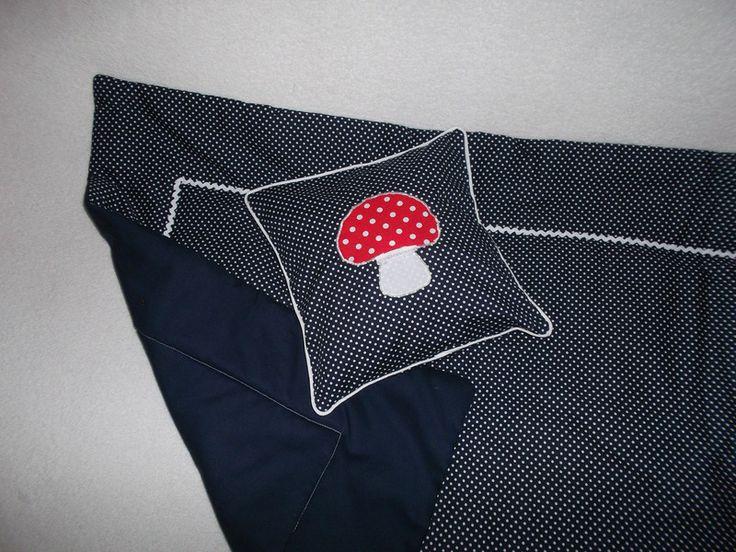 Babykissen Kissen blau Fliegenpilz Punkte Pilz von Petits moments auf DaWanda.com