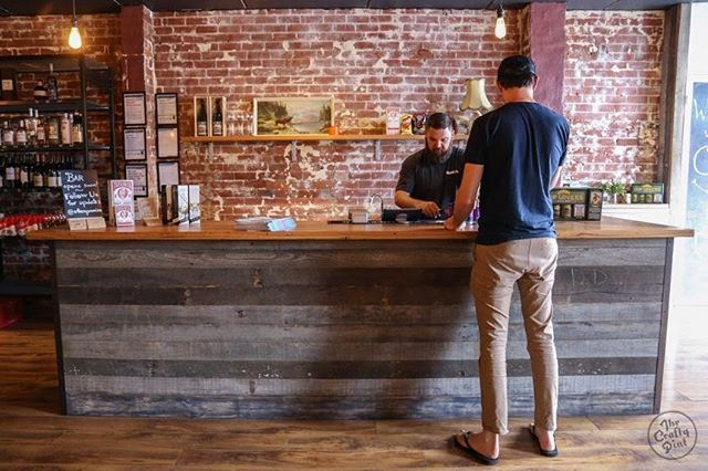 Loved seeing Otter's Promise getting some well-deserved recognition in Broadsheet recently. We met with Dan just over 18 months ago when he was planning his fit out and loved being able to contribute our recycled timber to his space. Photo @craftypint #timberrevival #recycledtimbermelbourne #reclaimedtimber #hospitalitydesign #beerbar #bartop #timberbartop #timbercountertop #bardesign #bespoketimberbar #hospitalityreno #beerprovedore #armadale #timberbenchtop #timberservingcounter