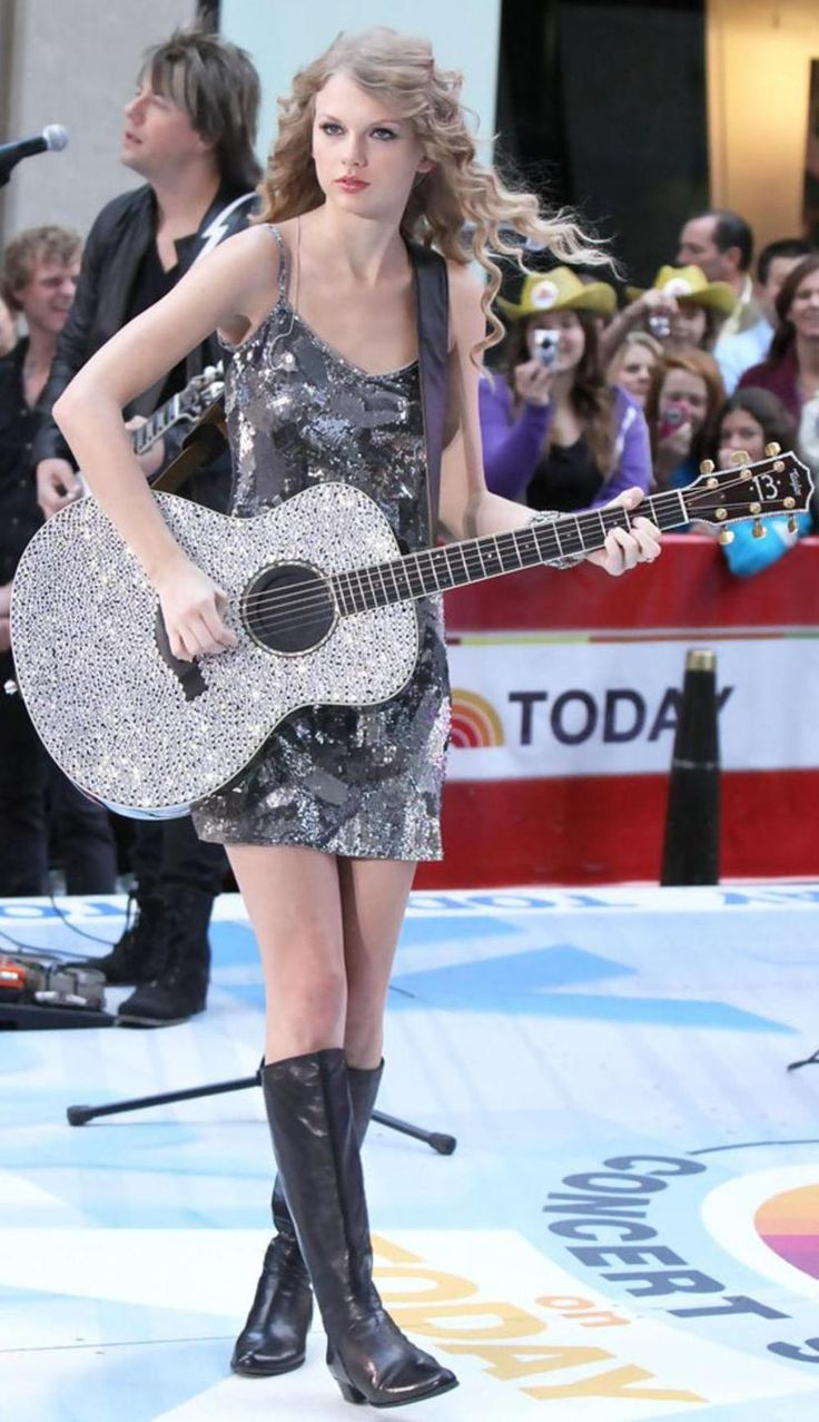 Taylor Swift Today Show 2010.