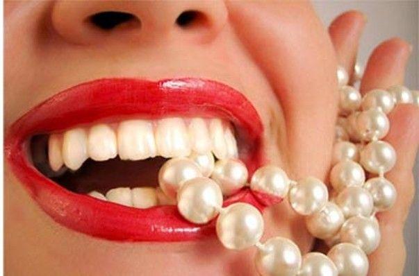 Желтые зубы – насколько это нормально и что говорят стоматологи. Почему желтеет зубная эмаль. Как отбелить ее и получить белые зубы? Уход за зубами.