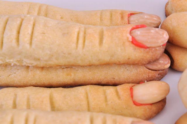 pyszne słodkie ciasteczka zwane paluchami wiedźmy:)