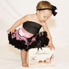stinkin adorable: Baby Tutu, Precious Kids, Future Children, Pink Things, Mybabycloth Com, Baby Pictures, Baby Clothing, Kids Clothing, Pink Black