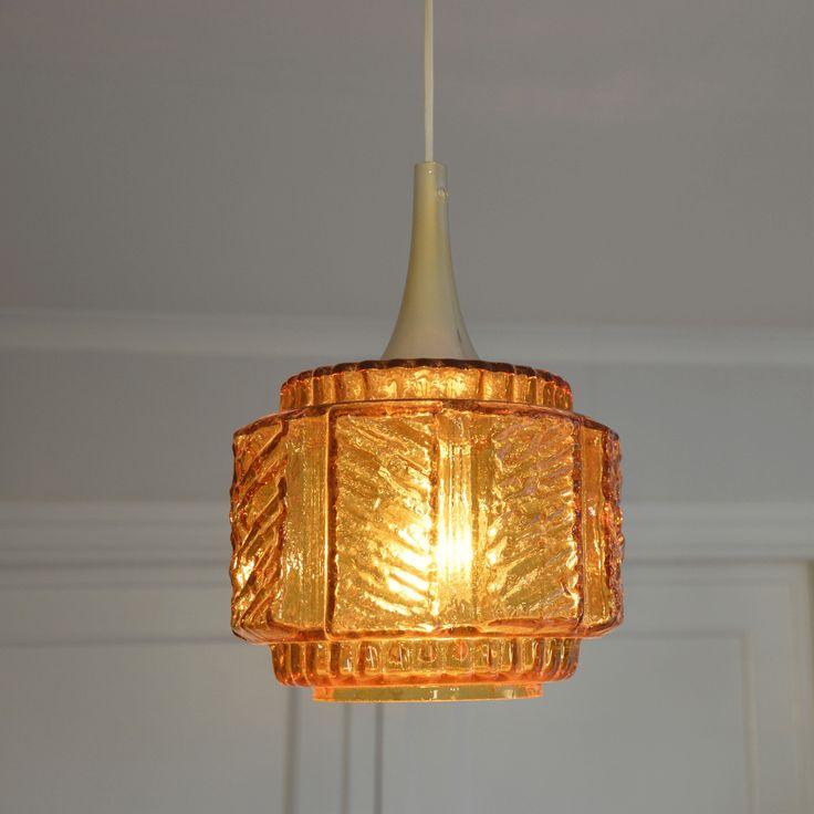 Retro taklampa i färgat glas