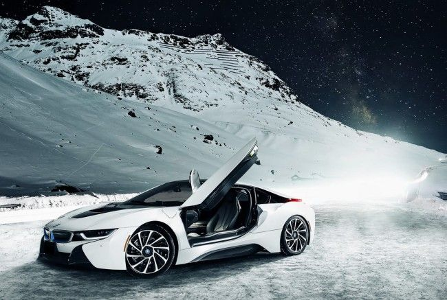 i 8 BMW Sports Car Wallpaper