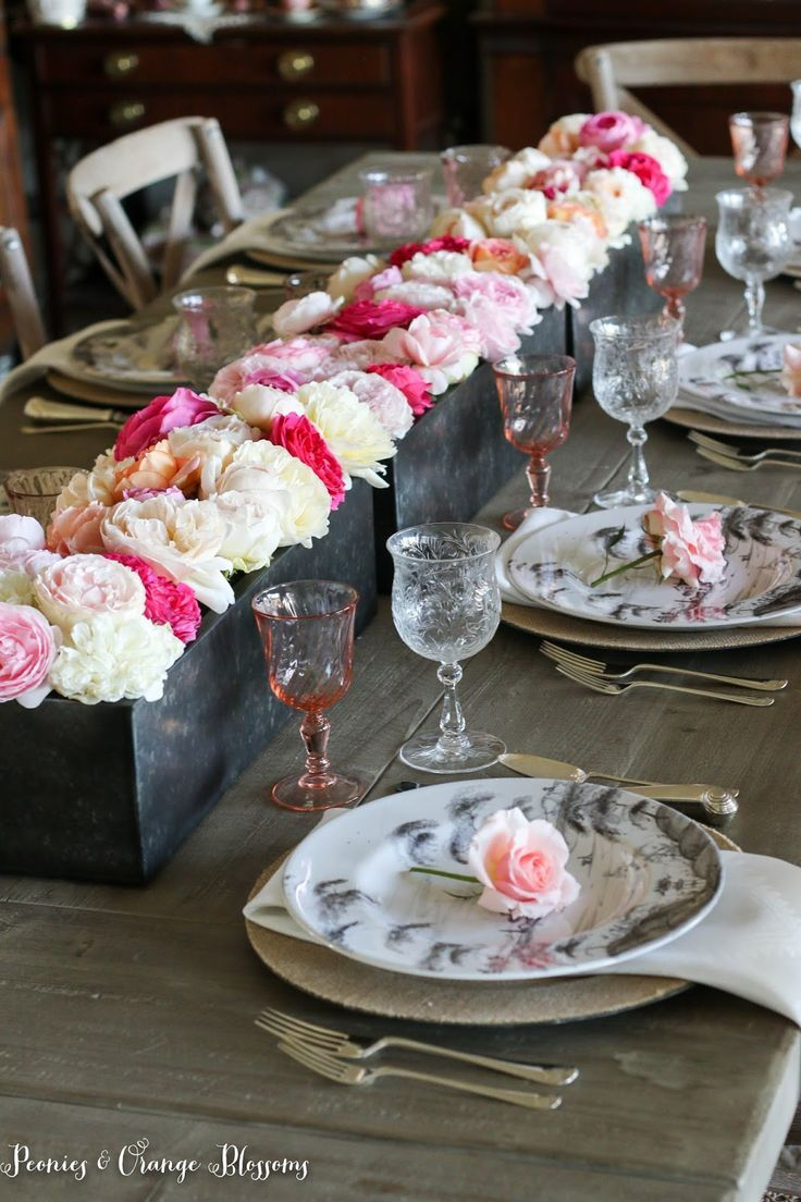 Romantic table decorations for birthday - A Romantic English Garden Rose Table