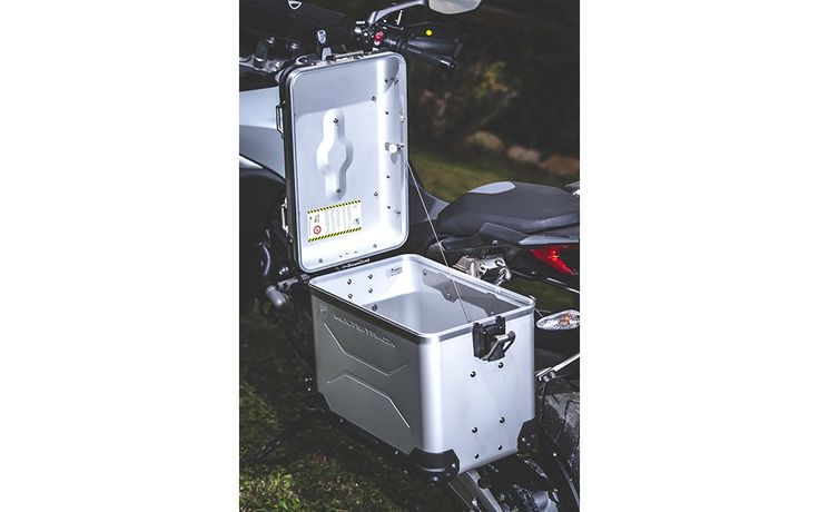Touratech+panniers+are+voluminous+and+tough.+-+Photo+Gallery+-+Cycle+Canada