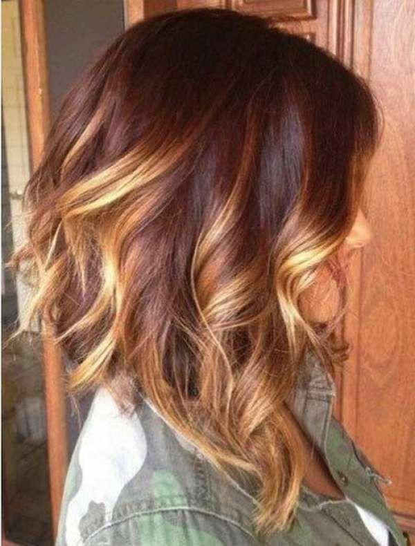 Orta Uzunlukta Sarı Ombre Karamel Saç Modeli