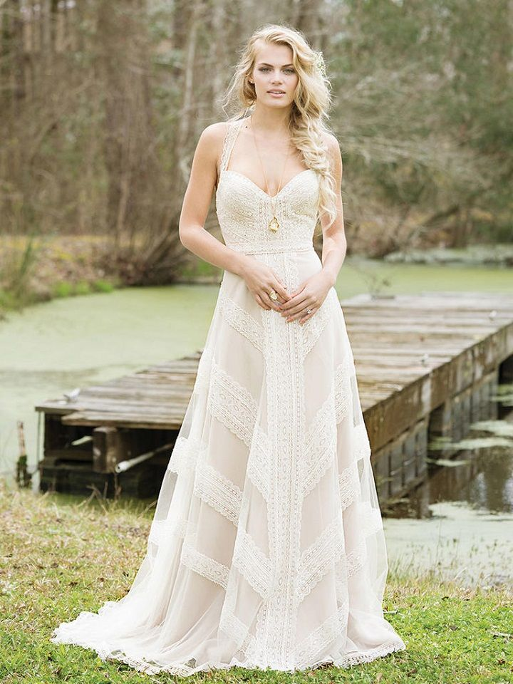 Romantic boho bride who's looking for a Boho Chic and Vintage-inspired Wedding Dress, the Lillian West wedding dresses Spring 2017 collection is right for