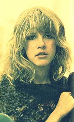 fringe hair styles 18 best christine mcvie images on stevie nicks 7459