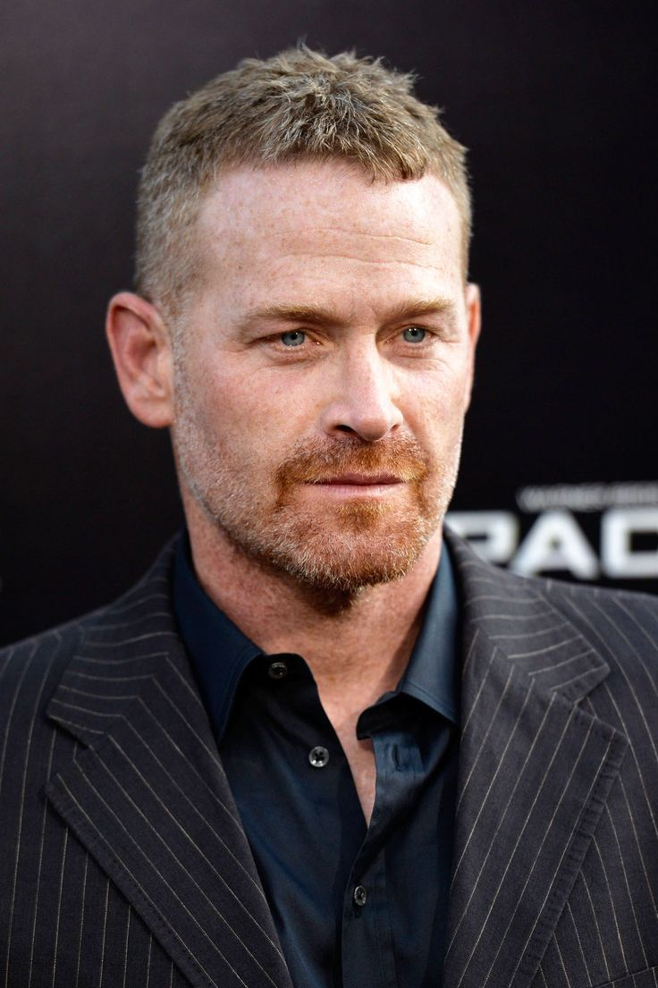 We have our Taylor!! Love the casting of Max Martini in #FiftyShadesofGrey by E L James