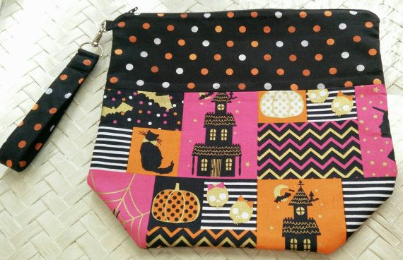 Check out this item in my Etsy shop https://www.etsy.com/listing/480080127/spooktacular-zippered-knitting-bag
