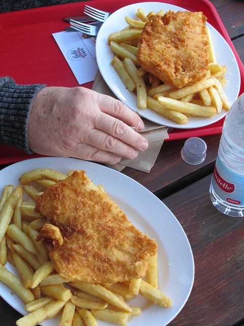 Places - Kailis Fish and Chips Fremantle, Western Australia. Lunch! my order would be lobster yes!  Don't leave your scraps though cos the gulls would make an aggressive swoop.  Places I have been