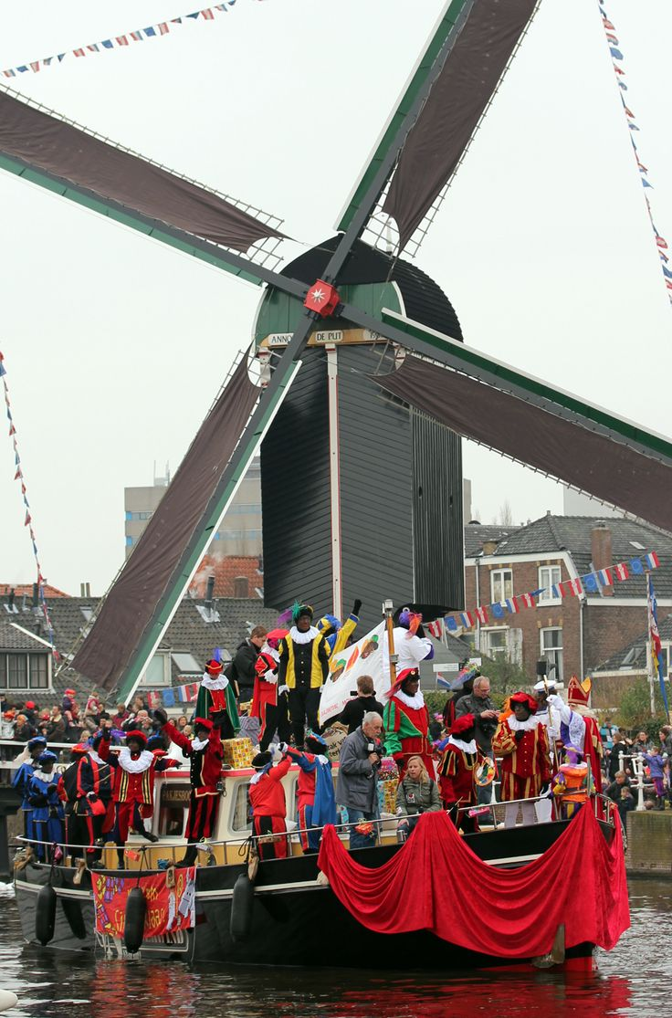 Sinterklaas en Zwarte Piet: Christmas in Holland