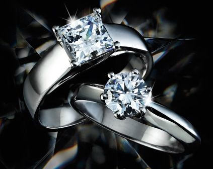 The solitaire and princess cut that every girl and woman dreams of.