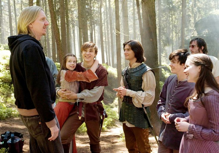 The Chronicles of Narnia – Prince Caspian (2008) Starring: Director Andrew Adamson, Georgie Henley as Lucy, William Moseley as Peter, Ben Barnes as Prince Caspian, Skandar Keynes as Edmund and Anna Popplewell as Susan. (click thru for larger image)