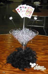 25 best ideas about casino themed centerpieces on for 007 table decorations
