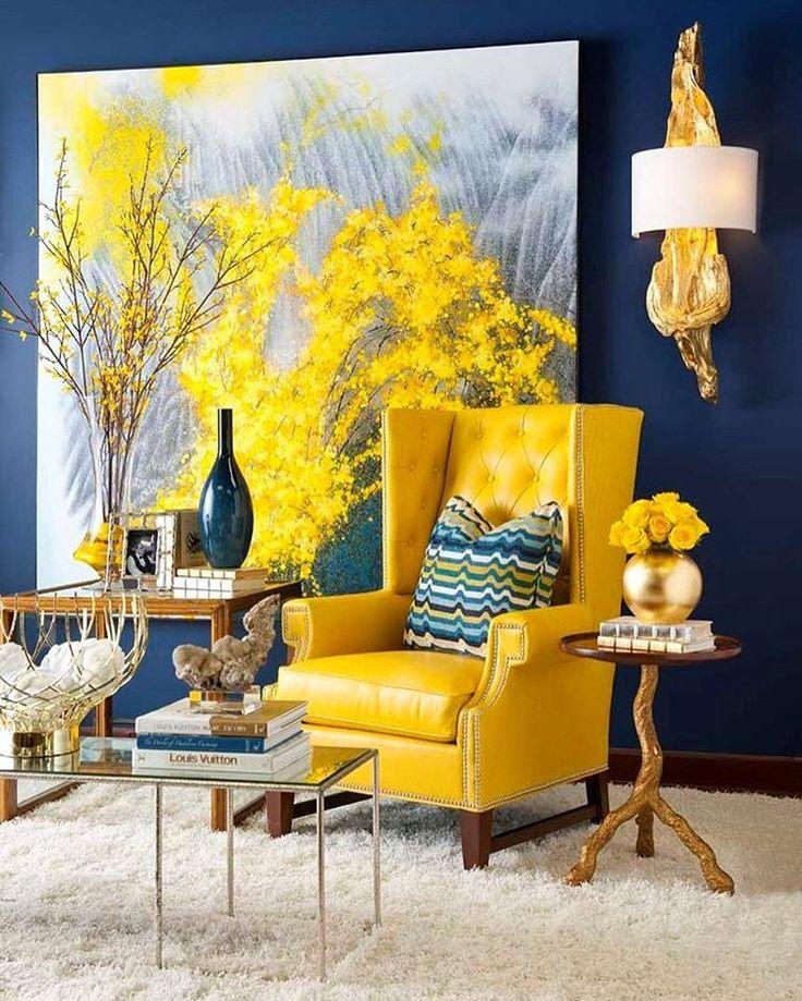 Como sabemos que la combinación de colores es un tema importante para ustedes, estamos repasando su uso en la decoración. En esta ocasión Rodrigo comparte sus ideas para utilizar el color amarillo