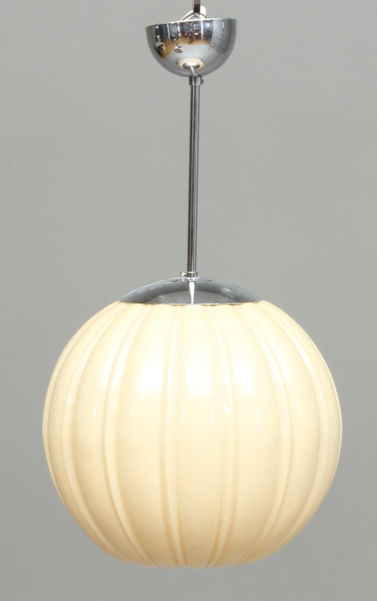 1940s lamp. www.auctionet.com