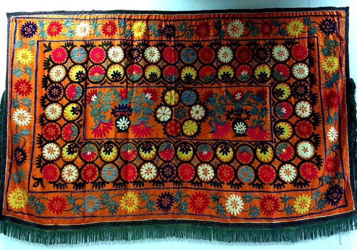25 suzani_embroidered_textile_ethnic_style_boho_gypsy_interior_design_home_decor_asia_inspirations_styl_etniczny_kolorowe_wnetrze_forelements_blog