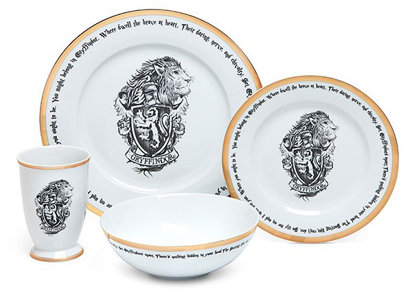$99- 16 piece set Harry Potter dishes