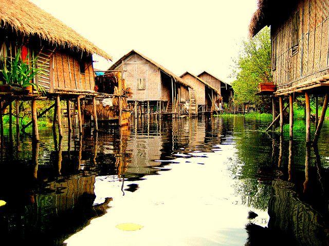 Inle Lake, Burma - very evocative image