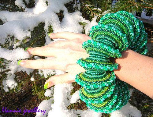 Žabička... Beading jewelery from Hannie jewellery :) Cheb, Czech republic http://hanniejewellery.cz/