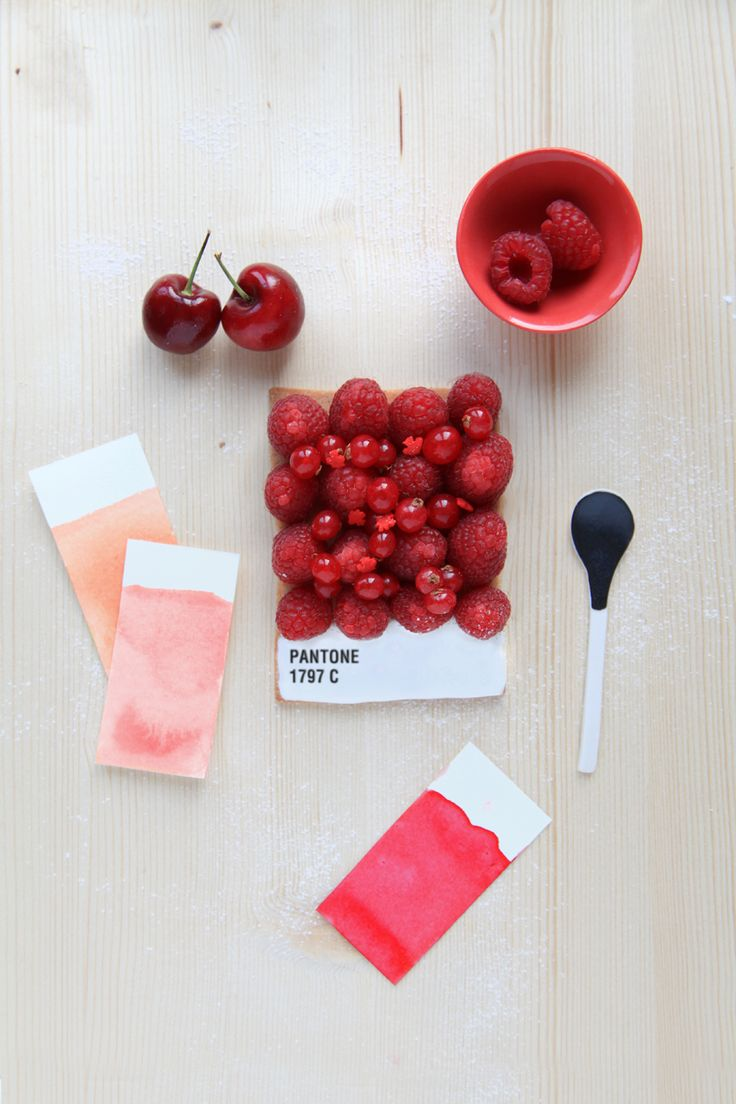 French food designer Emilie de Griottes for a special feature in french culinary magazine Fricote developed dessert tarts that recreate Pantone colour swatches. Berries, carrots, lemon, candies, and other foods are arranged upon a tart base, whose bottom is iced in white and marked with the pantone colour represented. You can find recipes for making the tart in Fricote issue number 6 (2012).