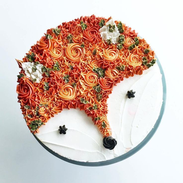 "17.2k Likes, 136 Comments - Wilton Cake Decorating (@wiltoncakes) on Instagram: ""How sweet is this little fox  cake that @cynzbakes made? Almost too cute to eat!…"""