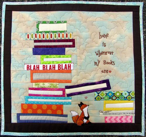 book quilt. Love the quilting on the books to make the pages
