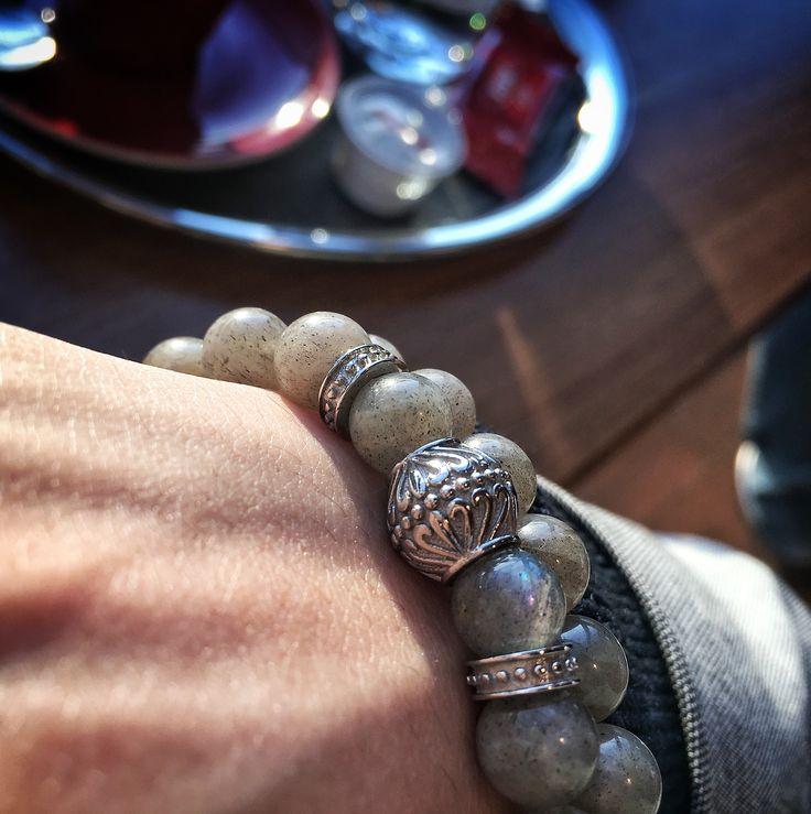 verroni Moon  Handmade premium bracelet. Natural hand selected labradorite beads & polished stainless steel.