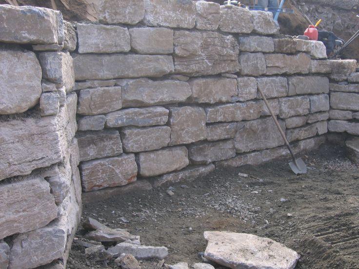 Un mur en pierres r alis s au qu bec par maxhorti for Entreprise amenagement paysager