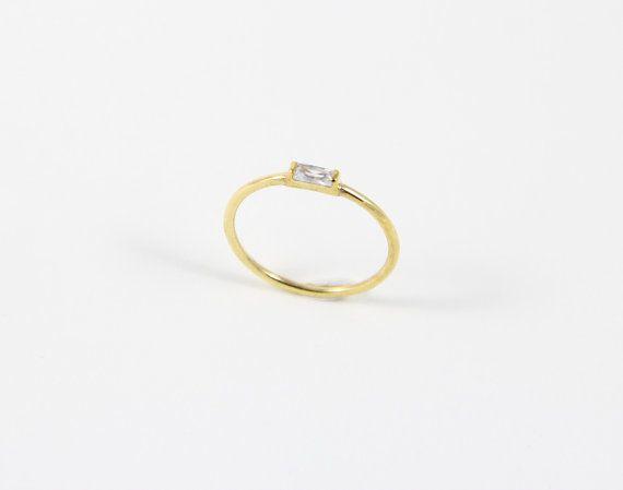 Las 25 mejores ideas sobre sencillo anillo de compromiso en pinterest anillos de boda - Anillos de compromiso sencillos ...