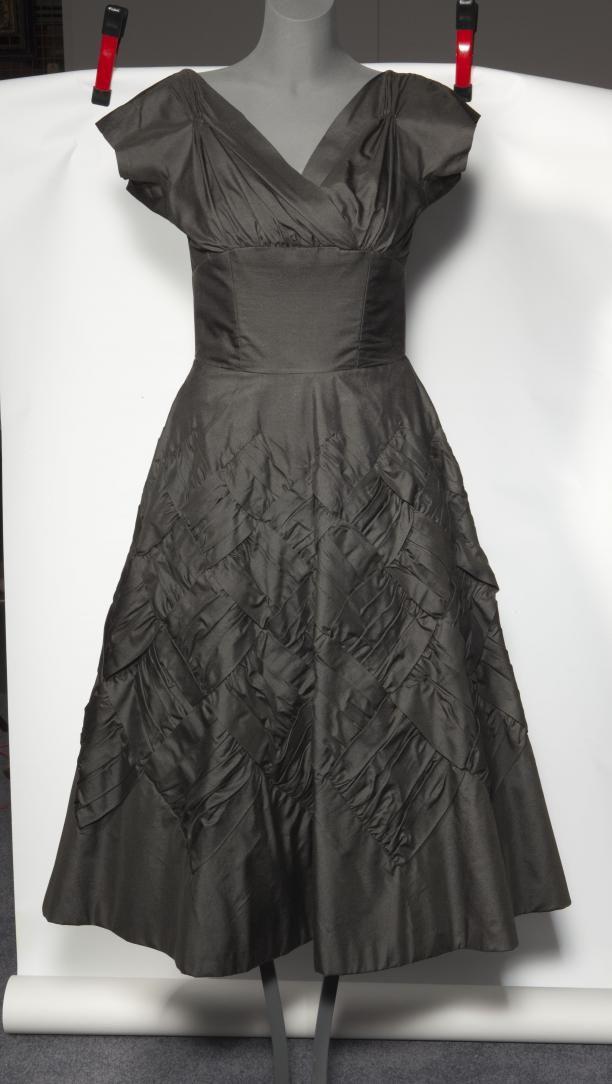 cocktailjurken jurken avondkleding vrouwenkleding | Modemuze