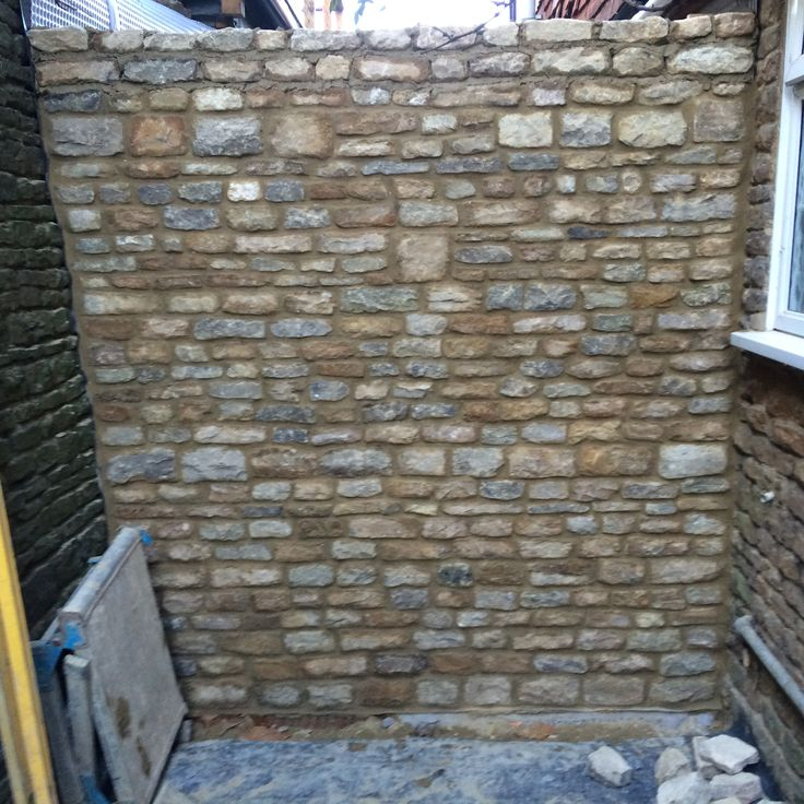 Bargate stone locally sourced.