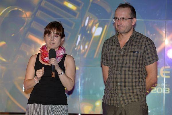 Reżyserka Kabaretonu Beata Harasimowicz i Robert Górski, który poprowadzi kabaretowy wieczór (fot. I.Sobieszczuk/TVP)