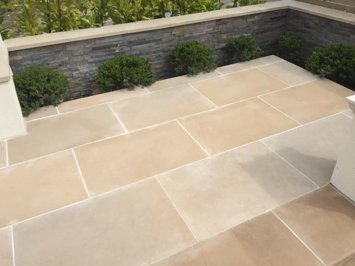 Abbey Sawn Sandstone Paving Has Gorgeous Beige And Buff Tones, With A Grey  Tinge That