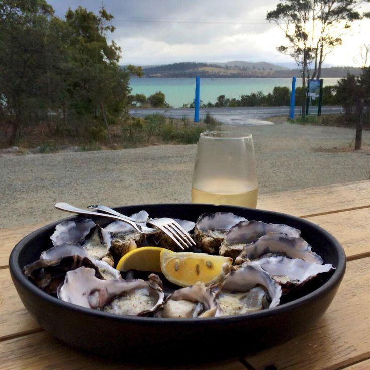 Discovering #GetShuckedOysters on Bruny Island after a day of exploring Tasmania #restaurantaustralia