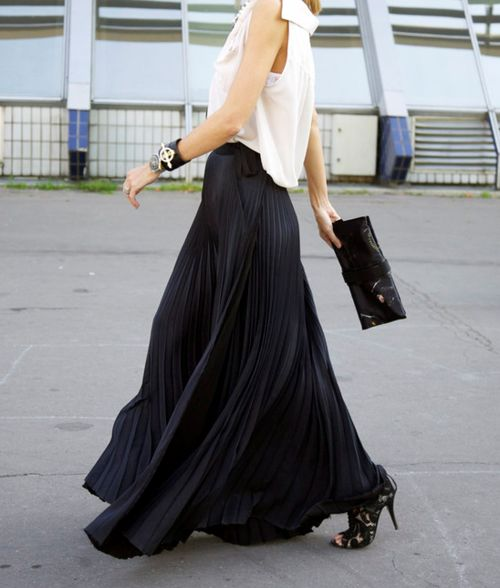 17 Best images about Long black skirt on Pinterest | Maxi skirts ...