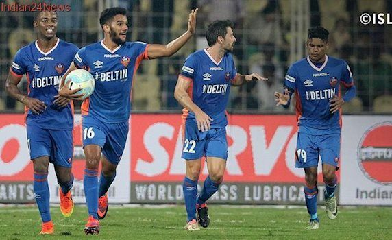 FC Goa retains Mandar Rao Dessai and Laxmikanth Kattimani