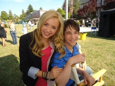 "How Did Peyton List And Zachary Gordon Bond Off Set Of ""Diary Of A Wimpy Kid: Dog Days""?"