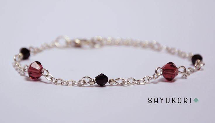 Elegant handmade beaded bracelet with bicone beads. #jewelry #jewellery