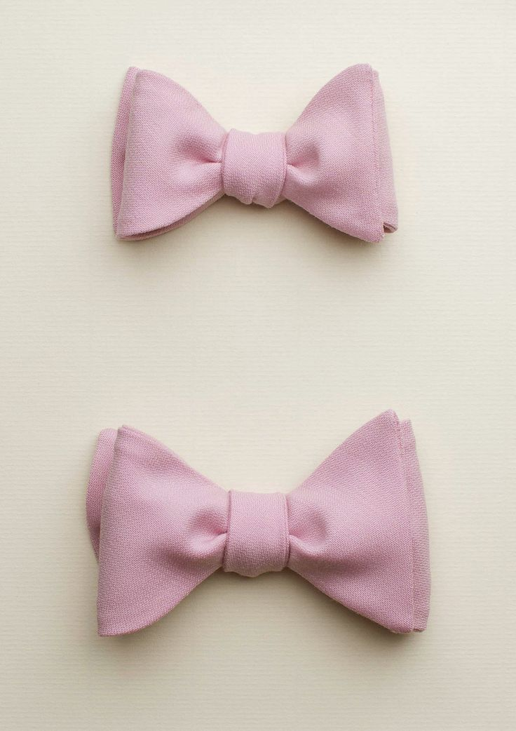 Zutiste 'Paris' nœuds papillon (French for 'bow tie'), made in Paris from pure English wool.